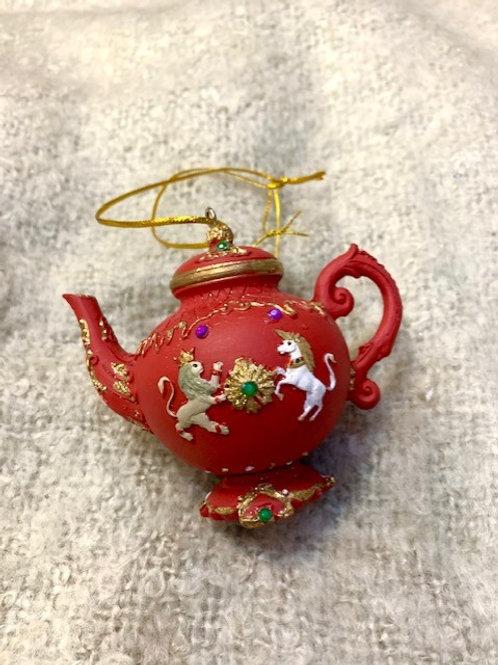 Gisela Graham Red Resin Teapot