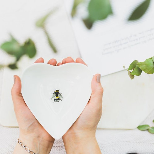 Toasted Crumpet Bee Boxed Heart Dish