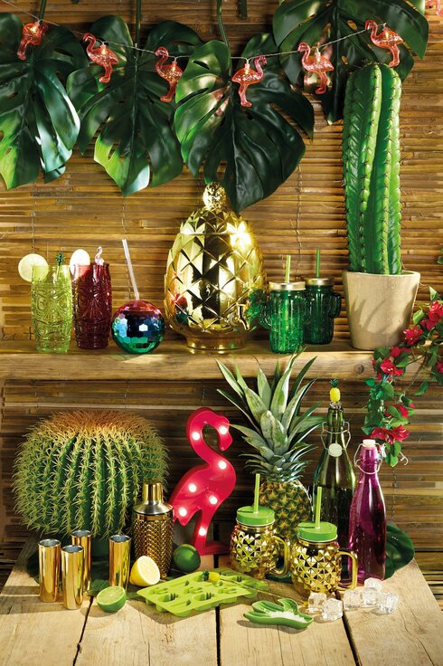 BarCraft Metallic Gold Pineapple Shaped Glass Drinks Dispenser