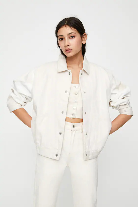 Pull & Bear white outfit