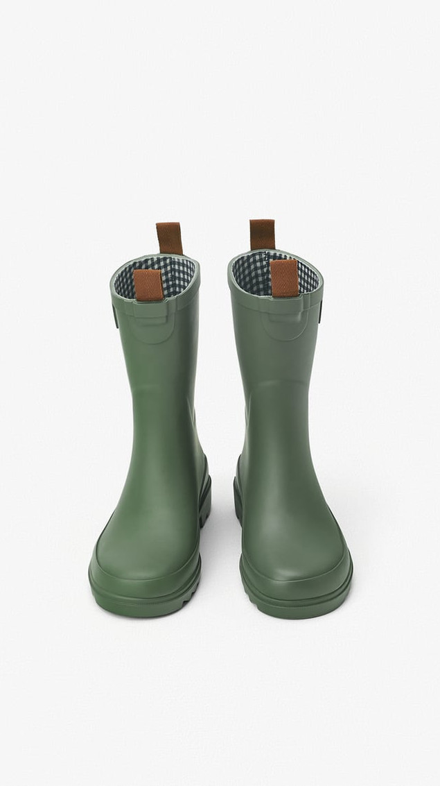 Rain footwear for kids