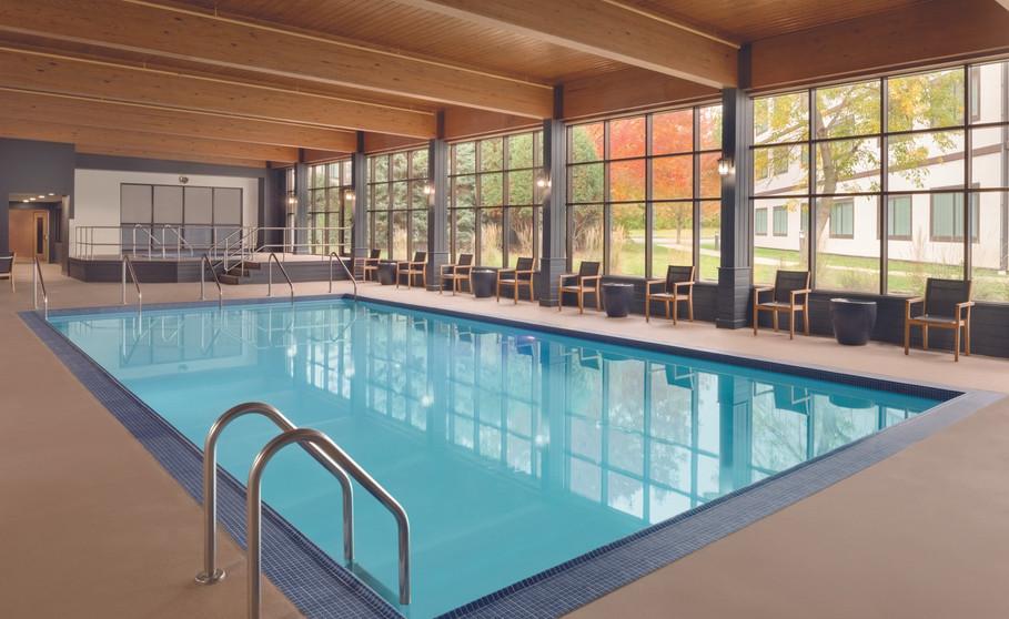 GREENBAY_76_21283752_ Indoor Pool.JPG