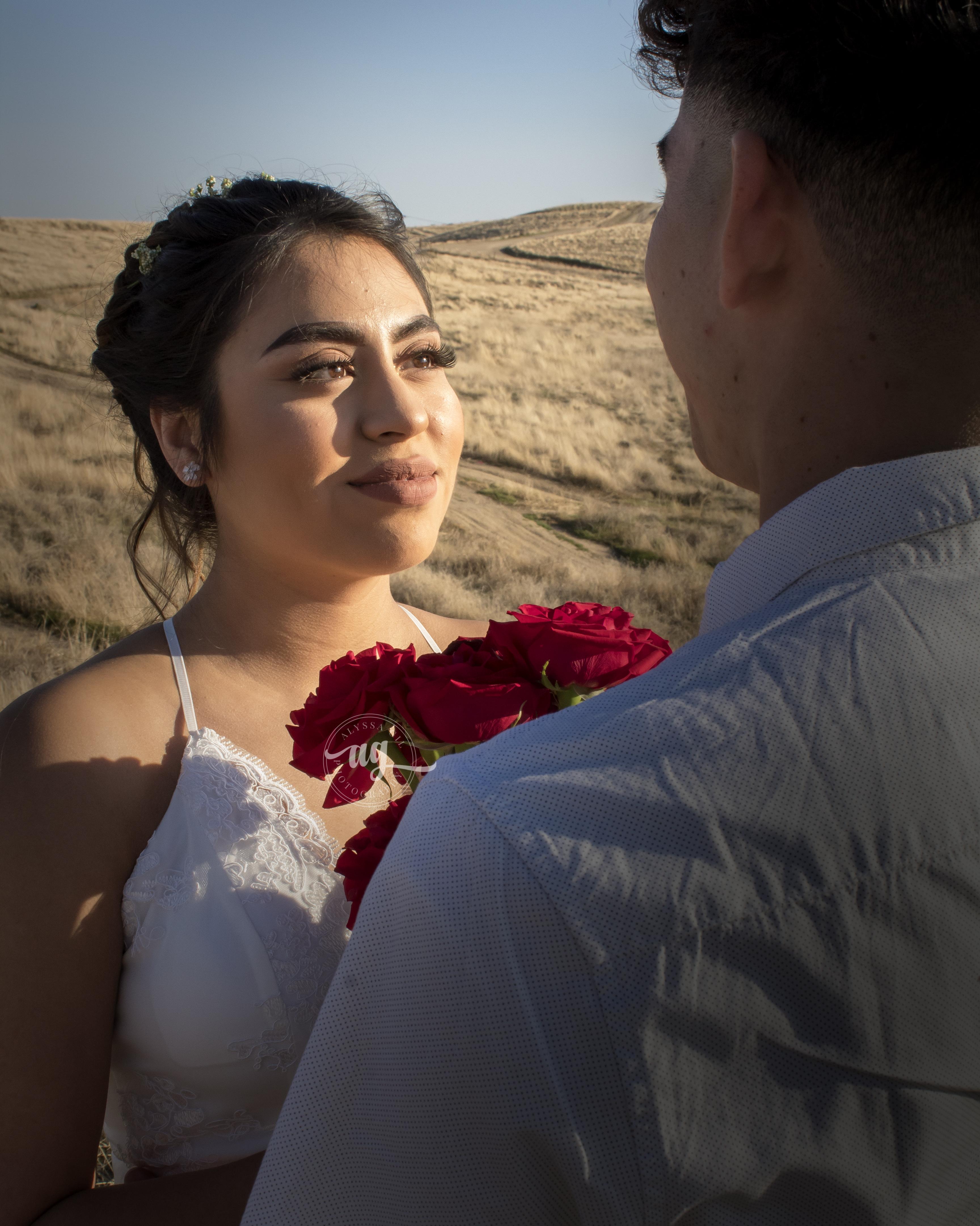 Engagement Portrait - Alyssa Gil Photogr