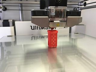 De um modelo digital a um objeto físico: conheça a impressão 3D