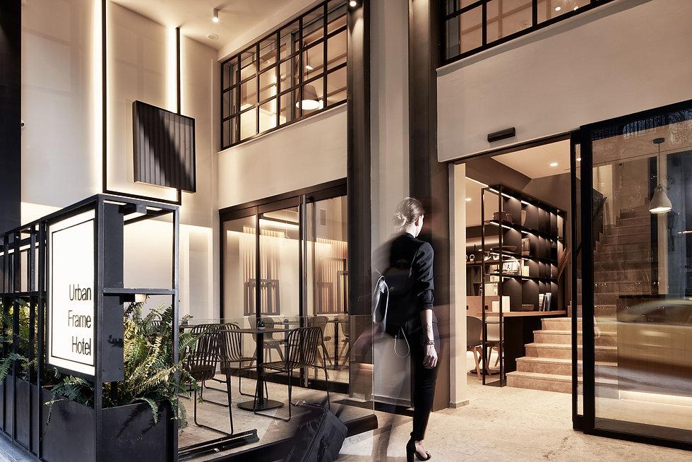 urban frame hotel στο συνταγμα (3).jpg