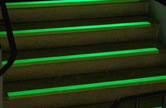 Moldura de escalón de aluminio fotoluminiscente