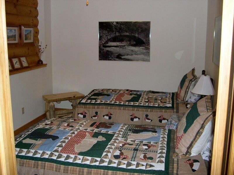 B&B_11-2004_006