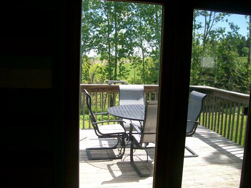 wisconsin-deck-outdoors-rental-home