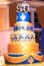 Custom Cakes priced per per person / per design