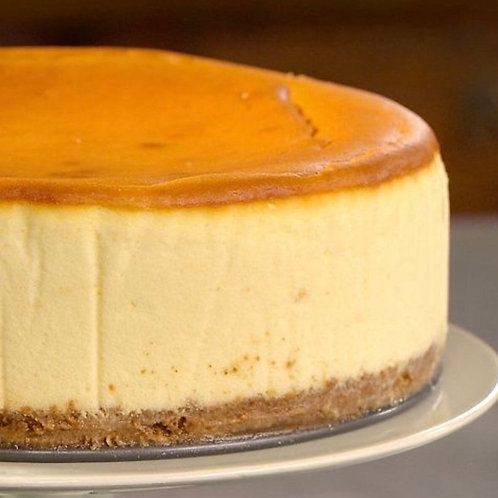 New York Style Cheesecake /  2 Sauces