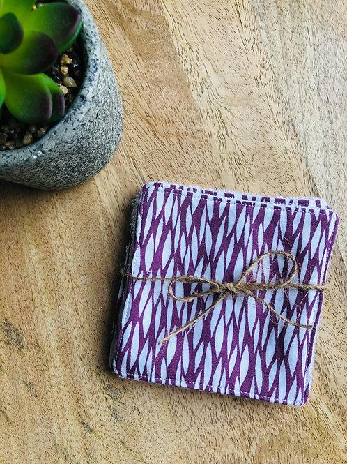 Lingettes en coton et éponge bambou motifs violet et blanc