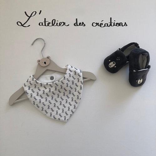 Bavoir/bandana en coton et éponge motifs zêbres gris