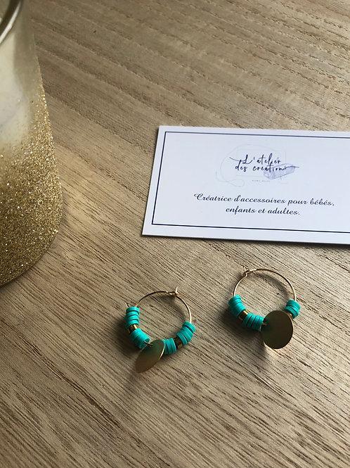 Créoles dorées perles heishi turquoise et sequins dorés