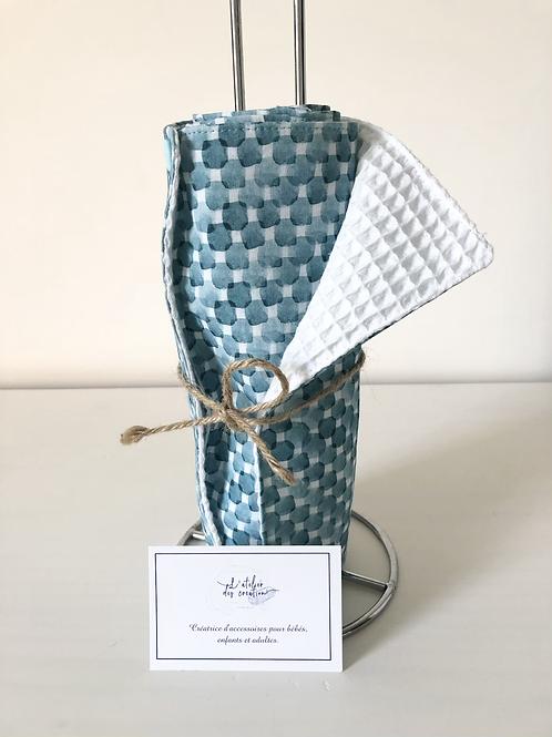 Essuie tout lavable et réutilisable motif carré bleu