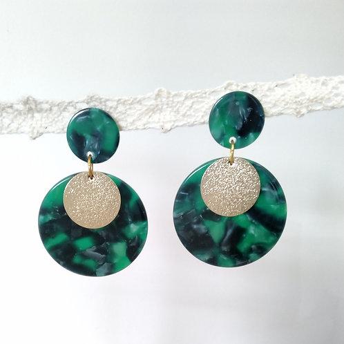 Clous d'oreilles disque en acétate écailles de tortue vert