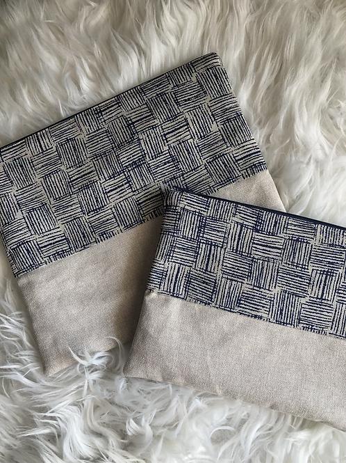 Trousse pochette en toile de coton aspect lin motifs bleus