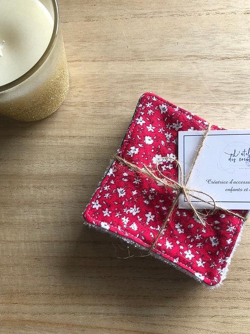 Lingettes en coton et éponge bambou motifs fleuris rouge