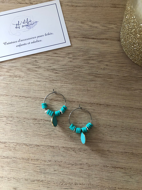 Créoles en métal argenté perles heishi turquoise et goutte émaillée