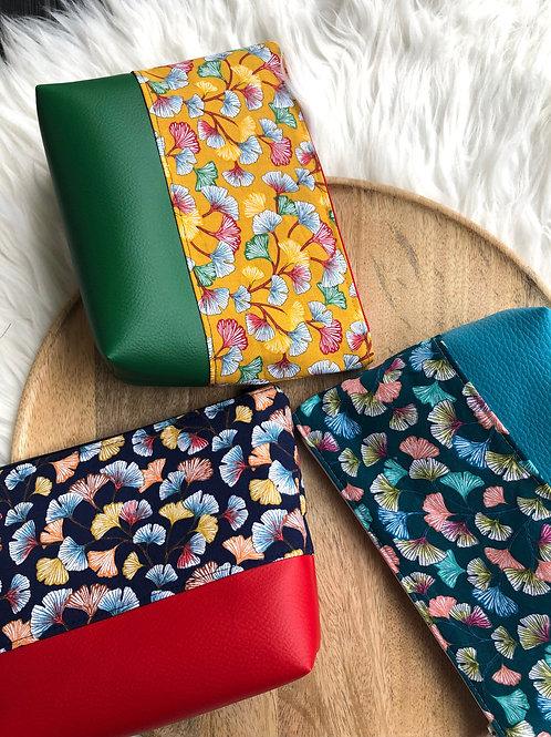 Trousse pochette en coton fleur de ginkgo et simili cuir