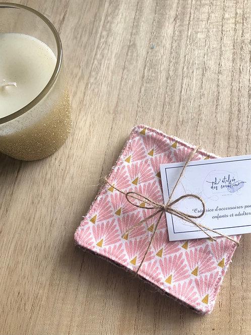 Lingettes en coton et éponge bambou motifs écailles rose