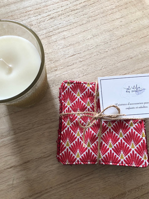 Lingettes en coton et éponge bambou motifs écailles rouge et blanc
