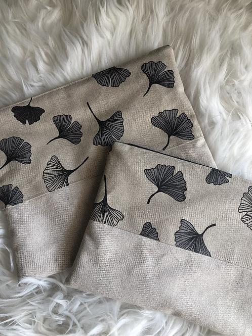 Trousse pochette en toile de coton aspect lin fleurs gris