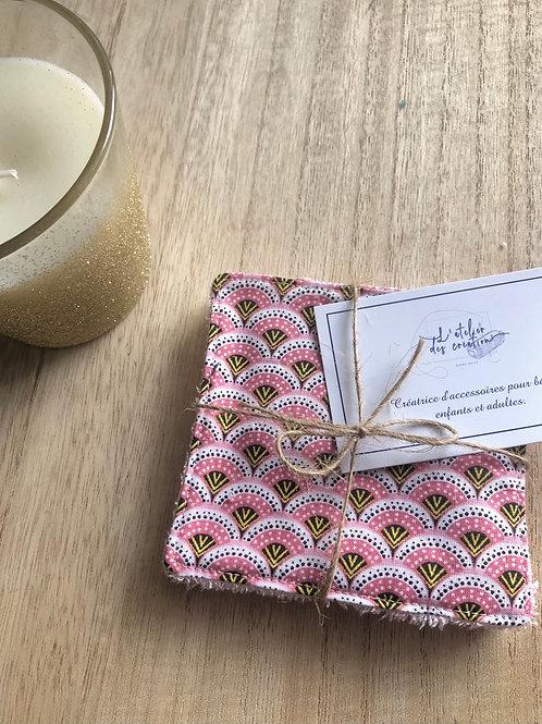 Lingettes en coton et éponge bambou motifs éventails rose