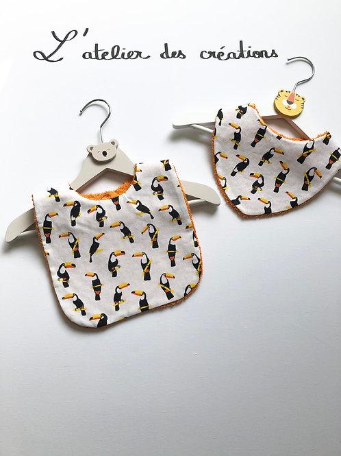 Duo bavoir / bandana en coton et éponge motifs toucans