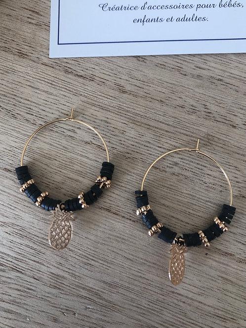 Créoles dorées perles heishi noir perles et ananas doré