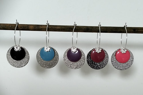 Créoles sequins en métal argenté et sequins émaillé et diamanté en métal d