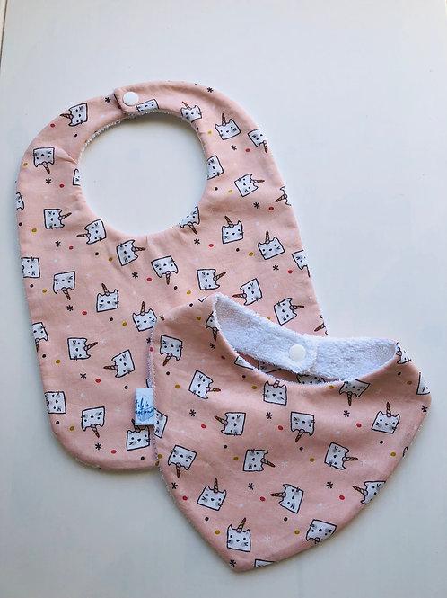 Duo bavoir / bandana en coton et éponge motifs chats licorne