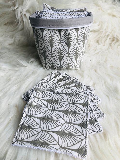 Panière et lingettes motifs feuilles tons gris et blanc