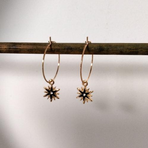 Créoles en métal doré avec breloque étoile noir et strass