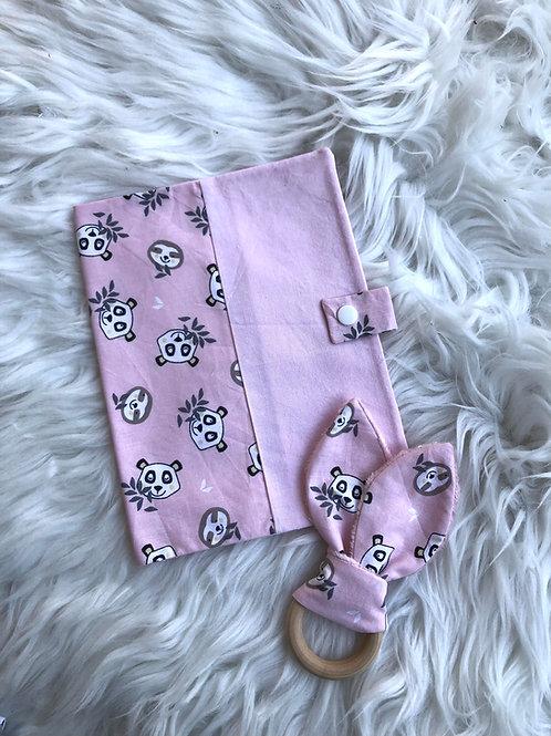 Protège carnet de santé motifs pandas sur fond rose
