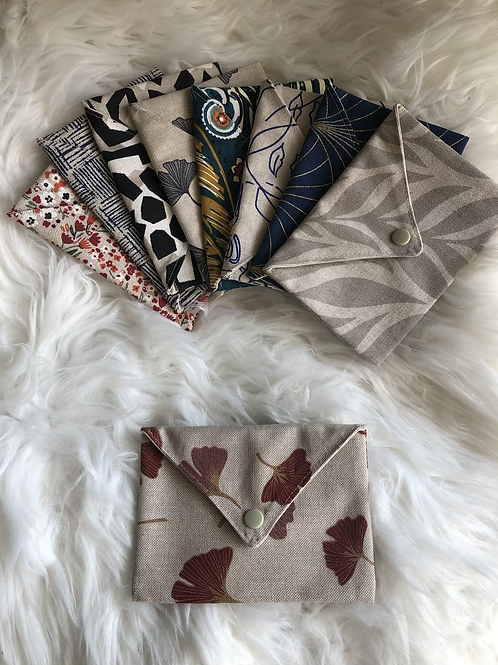 Pochette enveloppe en coton aspect lin motifs rouge