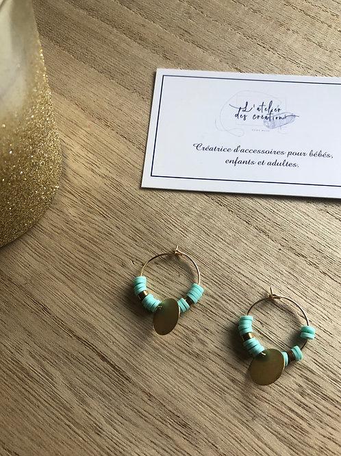 Créoles dorées perles heishi vert menthe et sequins dorés