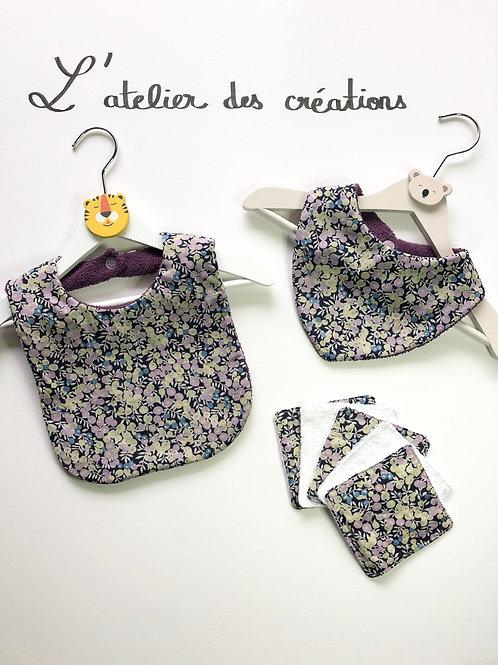 Trio bavoir, bandana, lingettes fleuris violet