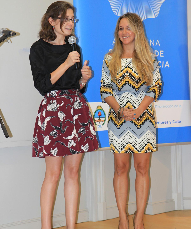 Natalia Vas Consulado Argentino