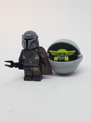 Mandalorian V2 and Baby Yoda (with crib)