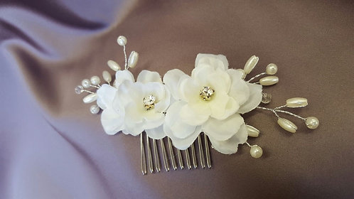 All things Darcy - Rose Hair Comb