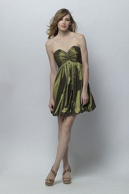 Stunning Green bridesmaid / prom dress. UK 8 (US 6)