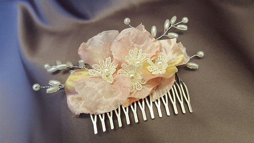 All things Darcy - Blossom Hair Comb