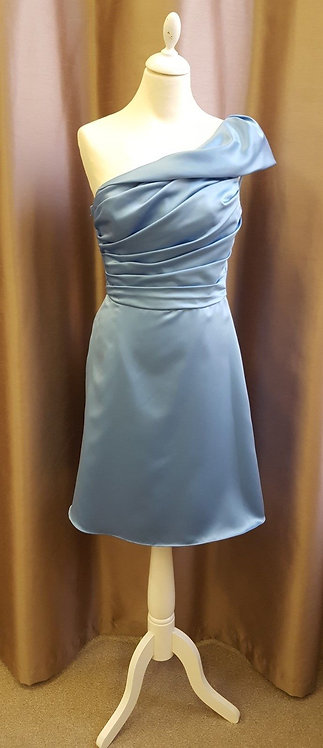 Stunning Powder Blue bridesmaid / prom dress. UK 10 (US 8)