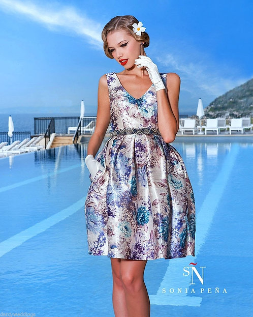 Gorgeous Multi coloured Floral party dress by Sonia Pena. UK 12 & 14