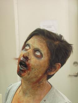 gelatin_zombie_makeup_by_victorianspectre-d6pwool.jpg