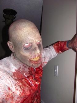 zombie_makeup_10_by_victorianspectre-d68q81e.jpg