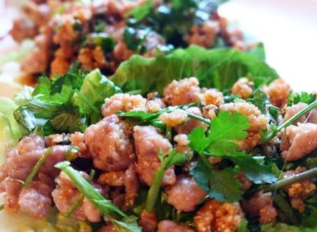 Thajský masový salát Laarb