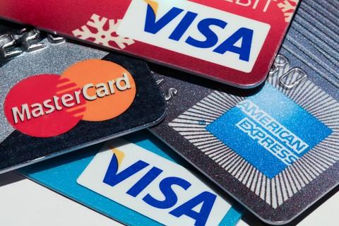 Sønnen svindlet med farens kredittkort for to millioner