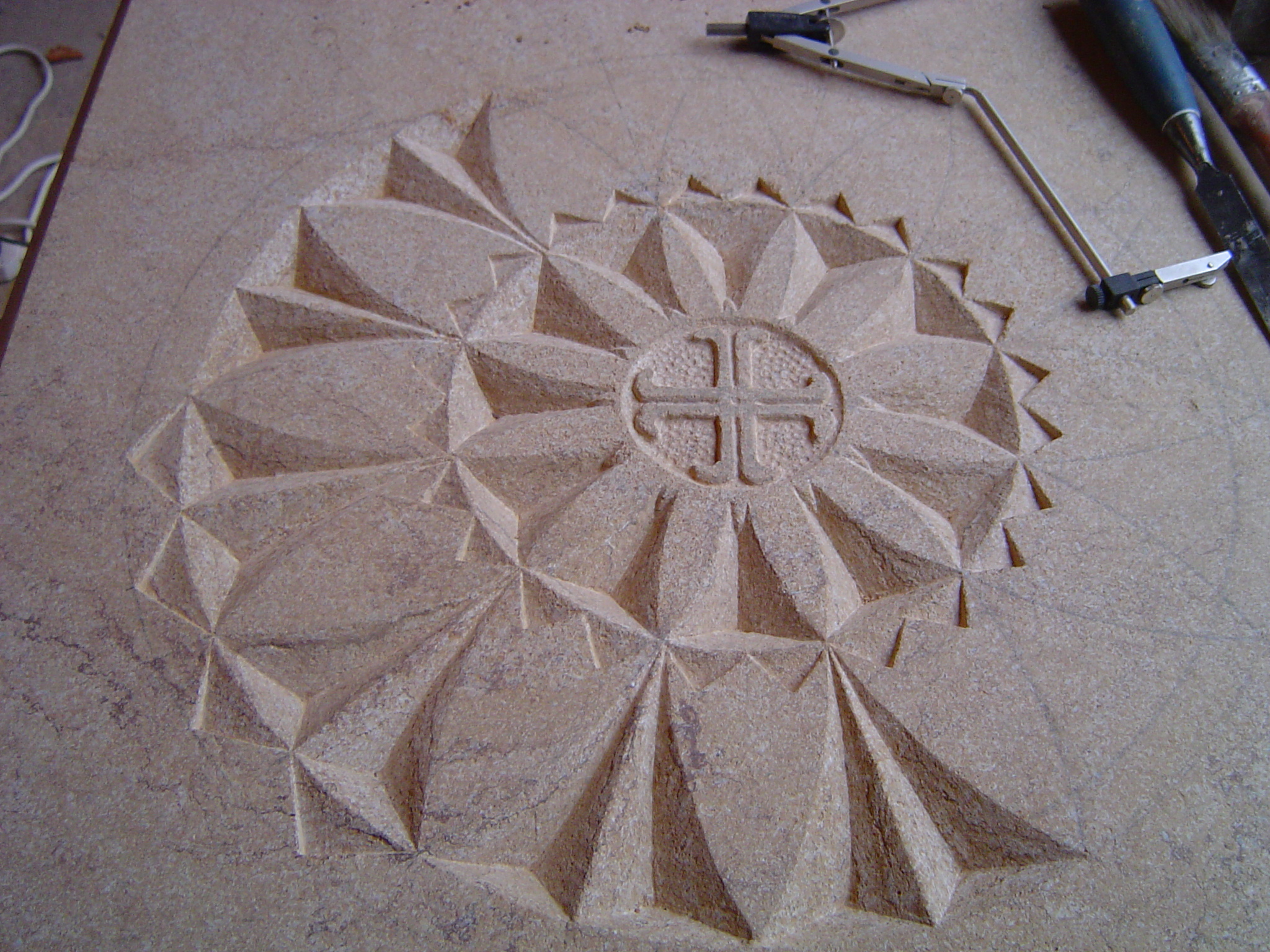 Hamstone carving for Monks Corner Oct2009 018.JPG