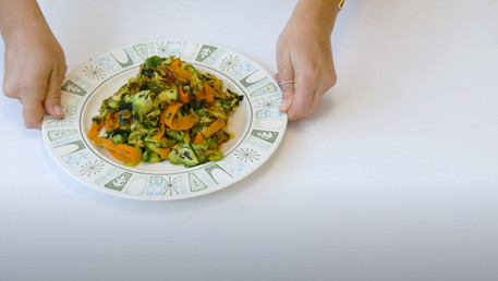 Mikaela Reuben's 1-pan pesto zoodles   Well Done Healthy Hacks
